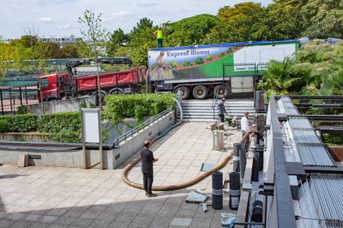 LA-SOLUTION-TERREOLE- Roland-Garros- Express-Blower-et-camion-grue
